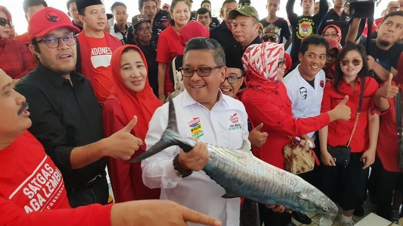 Basarah Dipolisikan, Momentum Tepat Menguak Harta Soeharto dan Kroninya