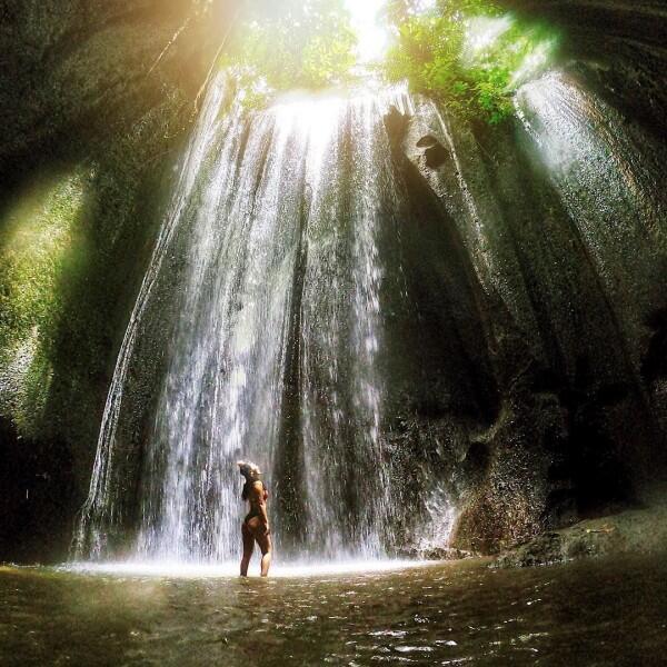 10 Potret Apik Air Terjun Tukad Cepung, Sisi Lain Keindahan Pulau Bali