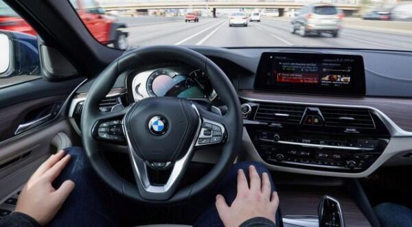 Kebayang Gak, 6 Teknologi Mobil Canggih Ini Akan Ada di Masa Depan?