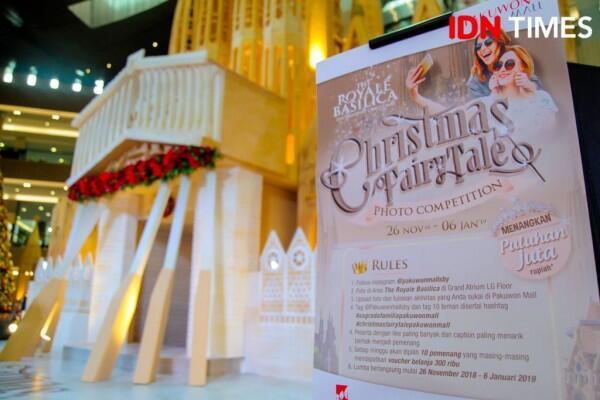 Semarak Natal, Pakuwon Mall Hadirkan Replika Gereja Sagrada Familia
