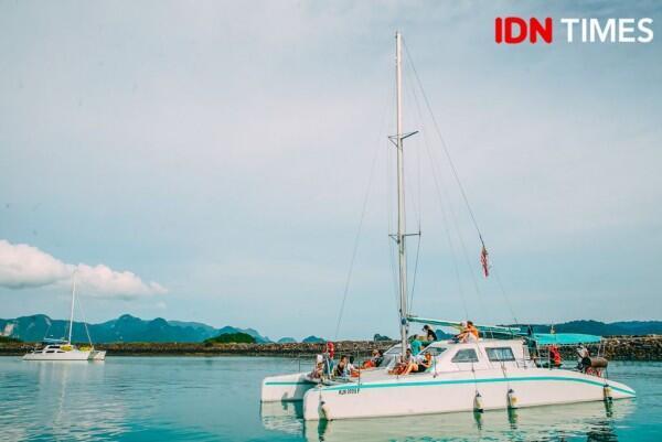 15 Potret Keseruan Sunset Cruise di Pulau Langkawi Malaysia, Epic!