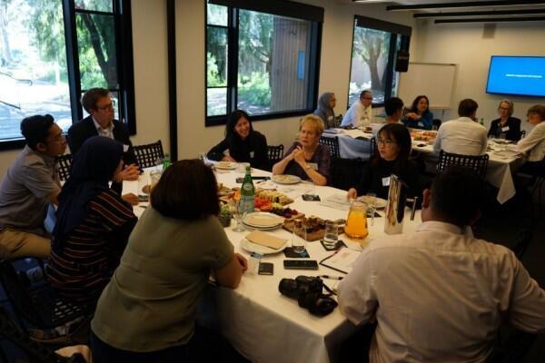 Kisah Unik Bule dari Monash University yang Tertarik Budaya Indonesia