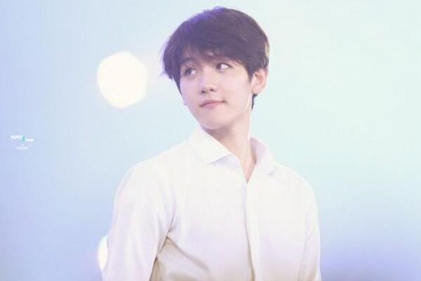 Bukan Maknae di Grup, 6 Idol KPop Ini Punya Wajah Baby Face Lho!