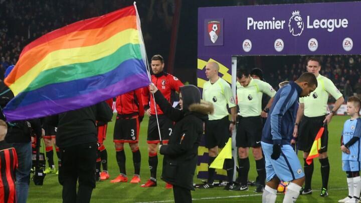 Nah Loh, Liga Inggris Dukung Kampanye Kaum LGBT