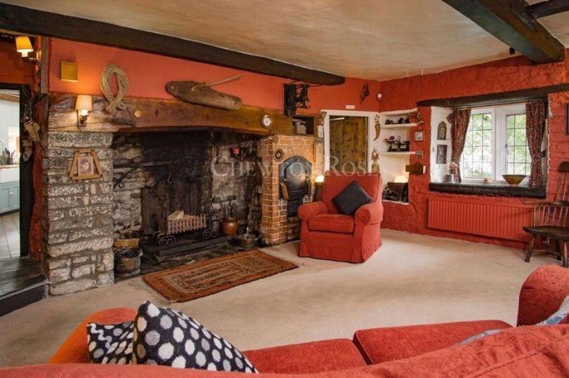 Rumah Sherlock Holmes Mulai Di Jual Tertarik Untuk Membelinya??