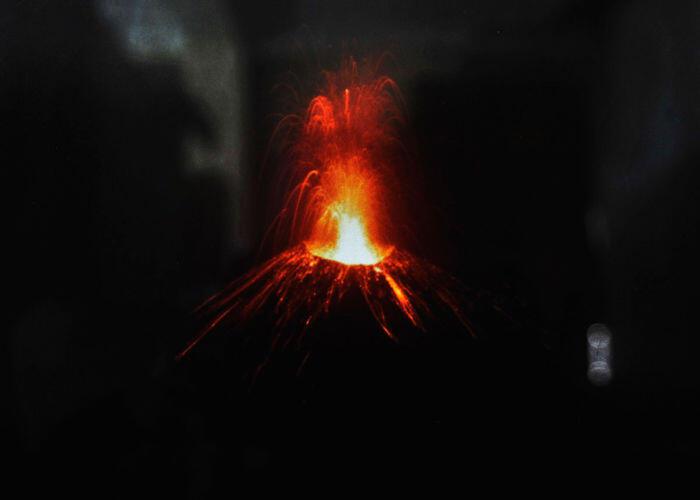 Aktivitas Gunung Anak Krakatau mereda