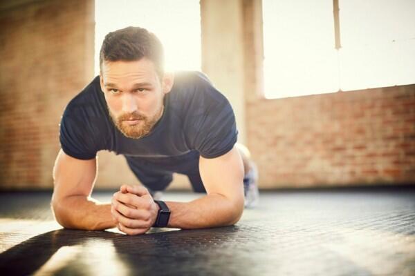 Rutinkan, Ini 7 Manfaat Nyata Kalau Kamu Rajin Planking Tiap Pagi