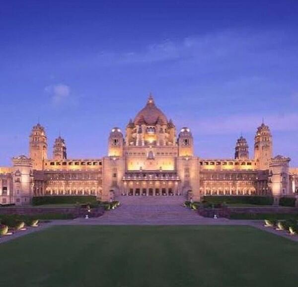 10 Fakta Pernikahan Priyanka-Nick, Hollywood & Bollywood Besanan
