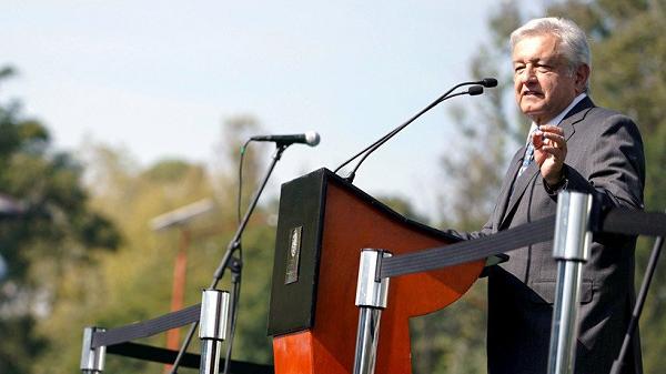 Resmi Dilantik, Lopez Obrador Janji Ciptakan Perubahan Untuk Meksiko