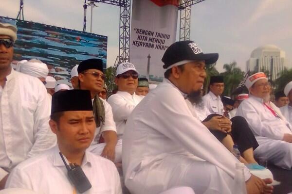 Reuni 212, Prabowo Kenakan Topi Bertuliskan Kalimat Tauhid