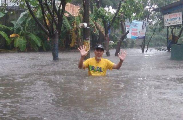 Hujan Sebentar, Sejumlah Daerah di Jakarta Kebanjiran hingga 1 Meter