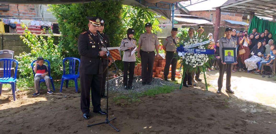Kapolres Pimpin Apel Persada Pemakaman Personil Polsek Pangkalan Balai Aiptu M. Hasbi