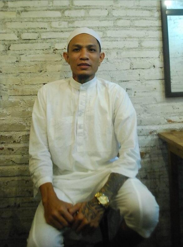Yansafaras, Seorang Tattoo Artist Yang Kini Jadi Pendakwah