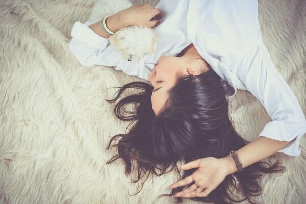 Sering Terabaikan, 7 Ritual Wajib Perawatan Wajah Sebelum Tidur