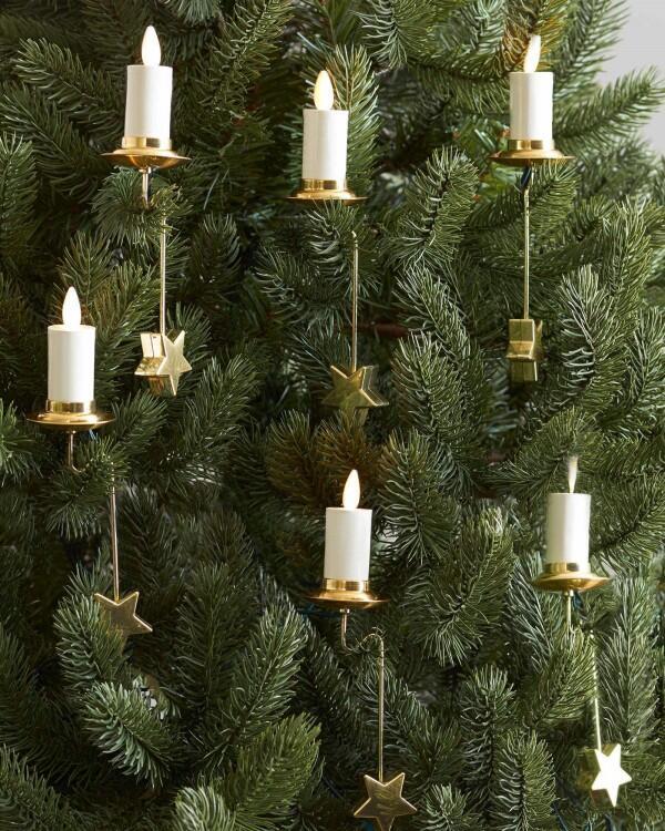 Bukan Cuma Pohonnya, Lampu dan Hiasan Natal Ternyata Punya Makna Lho