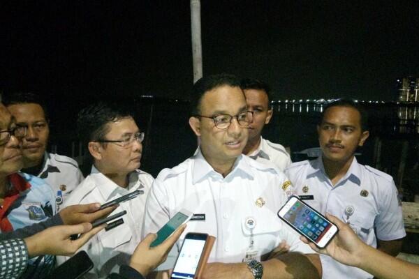 Antisipasi Banjir, Anies Kebut Normalisasi Sungai di 5 Wilayah