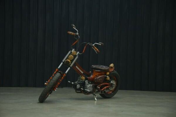 4 Motor Modifikasi Gaya Chopper Cub Berbahan Dasar Motor Bebek Honda