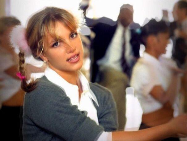 Britney Spears Ulang Tahun, Mana Lagunya Paling Favorit?