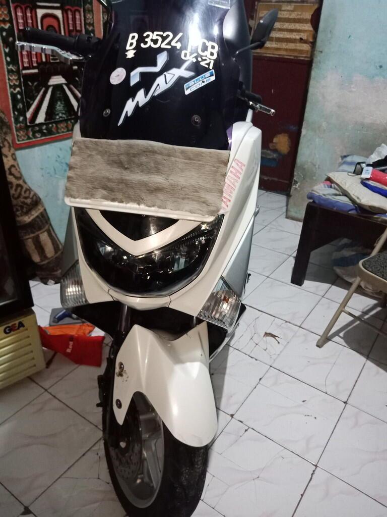 Motor Matic Murah Yamaha NMAX 2016 Non ABS Special SS Lengkap