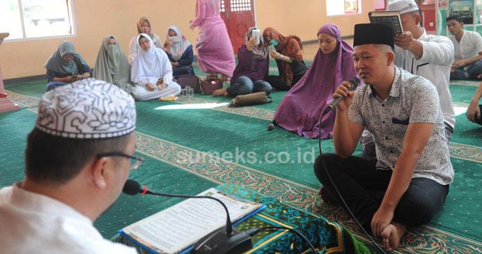 Alhamdulillah… Tiga Warga Mualaf