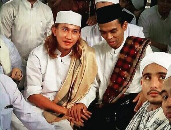 Dianggap Kontroversial, Habib Bahar bin Smith Punya Darah Nabi?