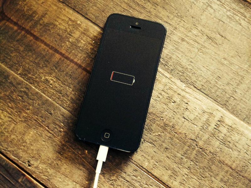Awas Nyesel, 8 Kesalahan Sepele Ini Ternyata Bikin iPhone Cepet Rusak!