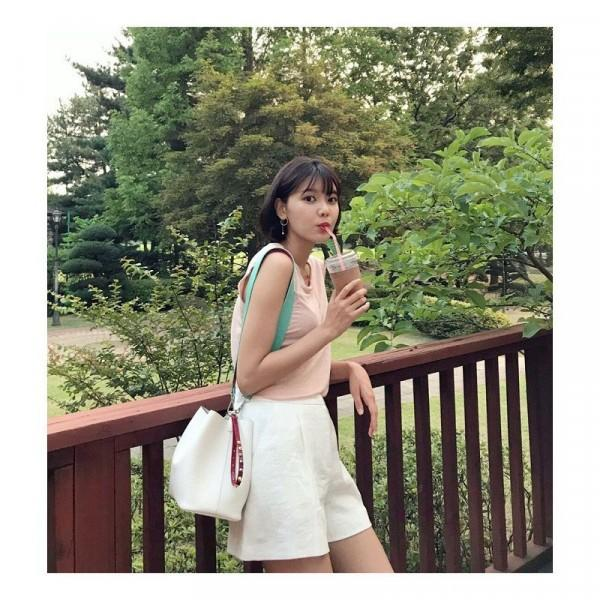 10 Inspirasi Gaya Kasual Idol KPop Ala Sooyoung, Mudah Ditiru Lho!