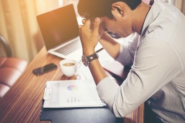 10 Hal Ini Tanda Kantormu Sudah Gak Sehat, Mending Resign deh!
