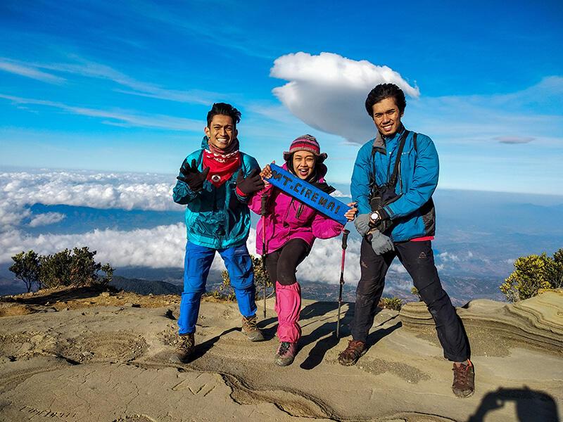 [CATPER] Pendakian Gunung Ciremai (via Palutungan): selalu ada rindu untuk kembali