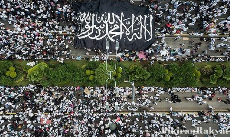 Reuni 212: Kelompok Garis Keras Gunakan Kartu Islam terhadap Jokowi