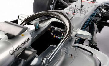 Mau Punya Replika Mobil Lewis Hamilton Gak Gan? Cek Harganya Disini Gan!
