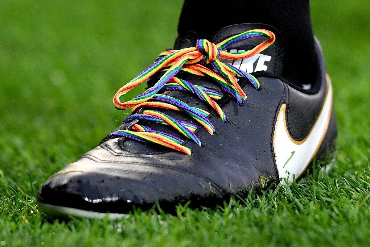 Premier League Dukung Total LGBT, Bagaimana Sikap Kalian Gan?