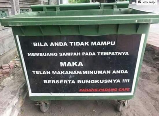 Bikin Ngakak, Peringatan Buang Sampah Sembarangan Yang Bikin Sadar !!!