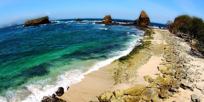 Pantai-pantai Paling Eksotik Sebagai Jawa timur