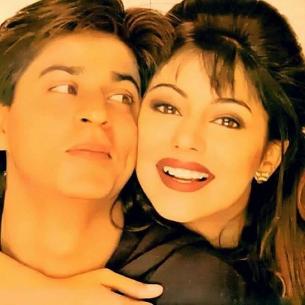 27 Tahun Bersama, 10 Potret Romantisme Shah Rukh Khan & Istri
