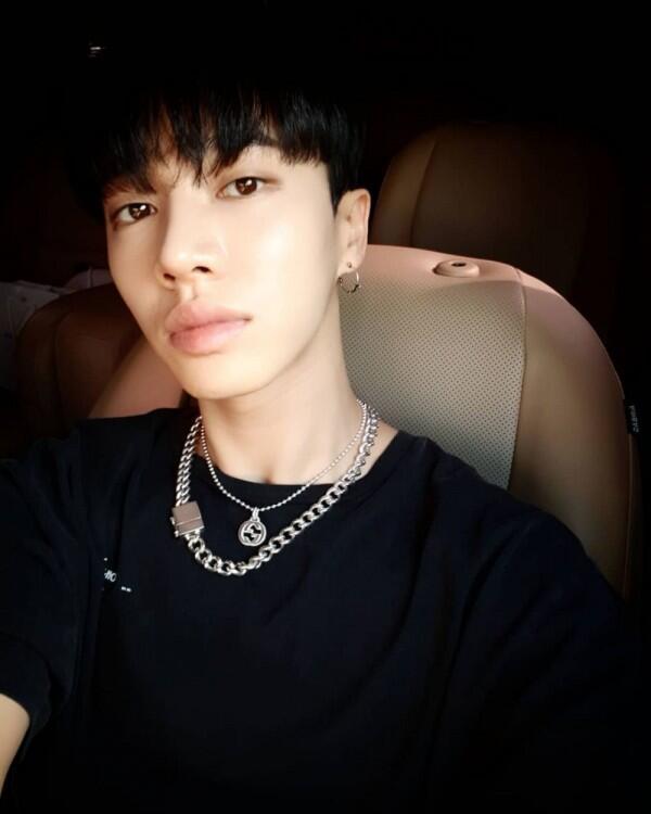Bakal Kangen, 7 Bintang KPop Ini Akan Wamil di Tahun 2019