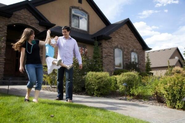 Jauh dari Keluarga? Ini 5 Cara Atasi Long Distance Family Relationship