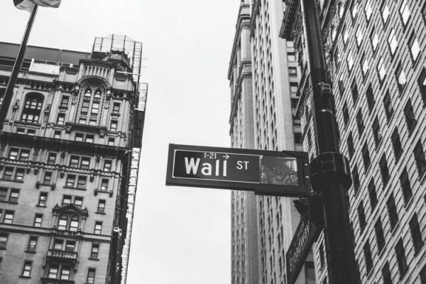 """Wall Street Menerapkan Peraturan""""Syar'i"""" Pasca Era #MeToo"""