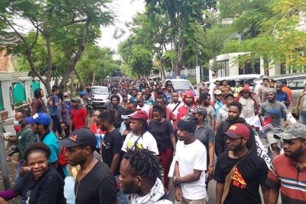 Pemerintah Dituntut Segera Selesaikan Kasus HAM di Papua
