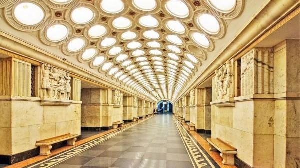10 Stasiun Bawah Tanah Paling Keren di Dunia, Instagramable Banget!