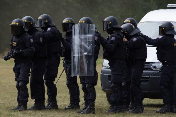 Prancis Siapkan 89.000 Personil Keamanan Antisipasi Protes Pekan Ini