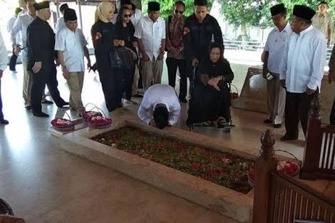 Ditantang Jadi Imam, Tim Prabowo: Bagi Prabowo NKRI adalah Keberagaman