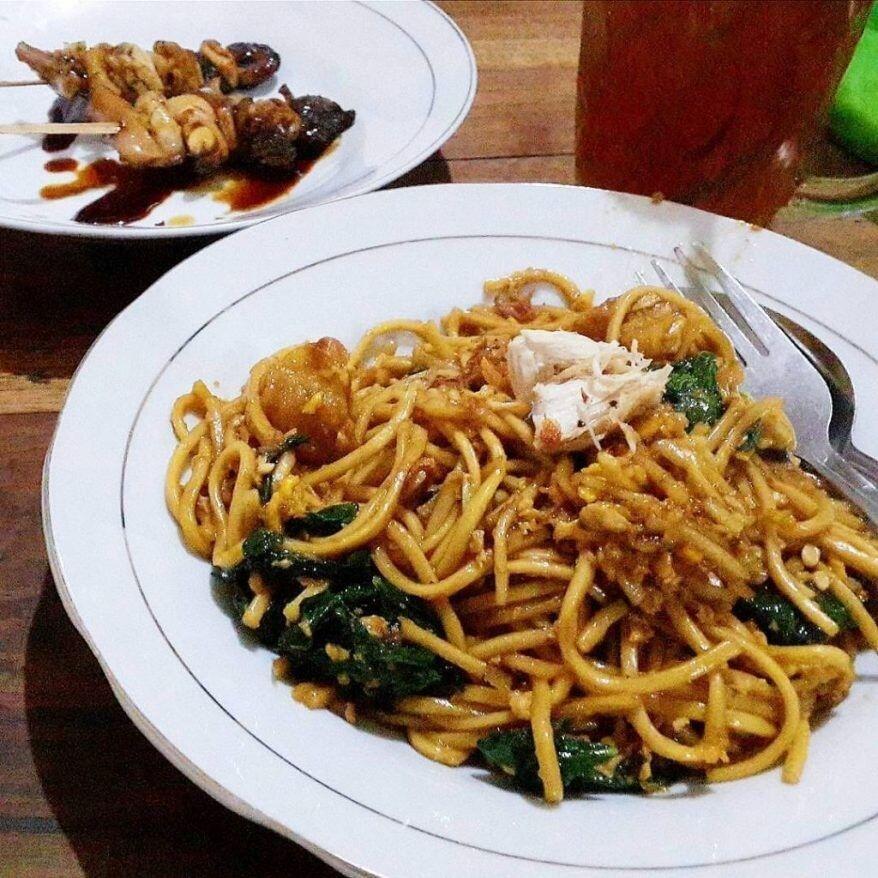 8 Kuliner Khas Semarang Cocok Disantap Saat Musim Hujan Ada