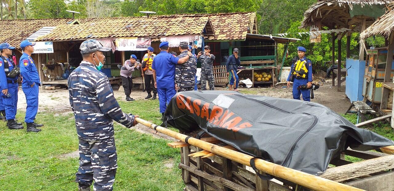 (Tsunami Banten)Kegiatan Ane dan Tim Rescue SAR,POLAIRUD & TNI AL (PHOTO)