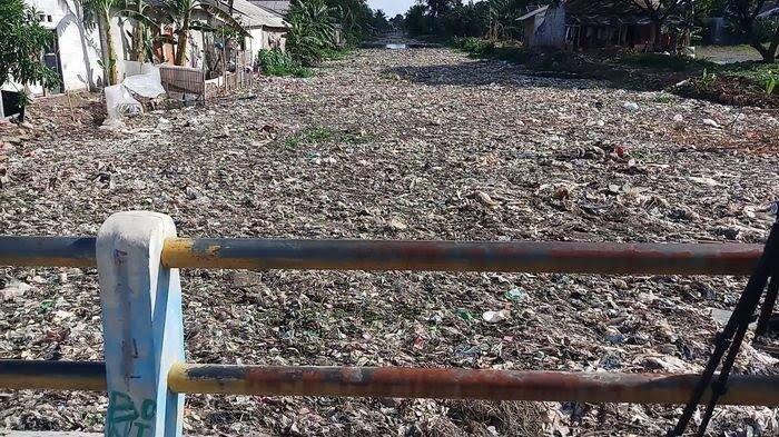Miris, Sungai Yang Dipenuhi Sampah