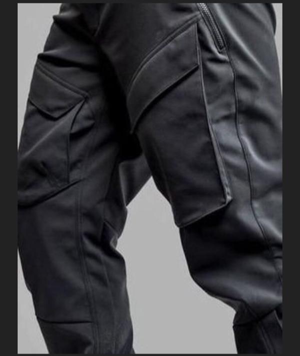 Parah.!! celana awet sampai 100 tahun.