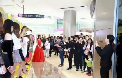 Tak Perlu 80 Juta, Di China Hanya Bayar Rp 2000 Kamu Bisa Kencan Dengan Wanita Cantik
