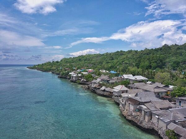 [Jalan-jalan Gan!] Menyelami Indonesia Timur Ala SyuKron, Momod Traveller
