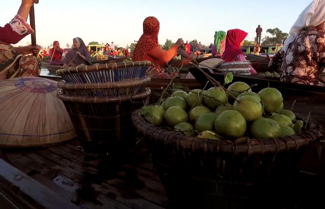 Waktu yang Tepat Untuk Berkunjung ke Pasar Terapung Kalimantan Selatan