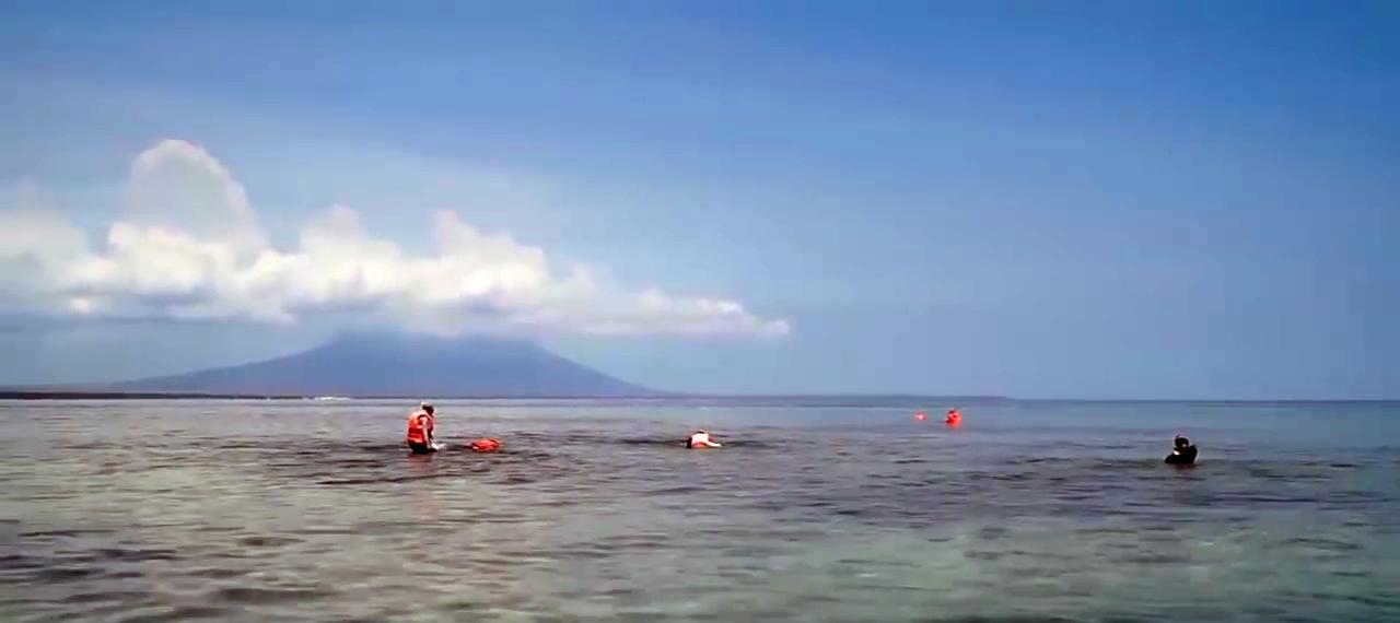 Tabuhan Island - Banyuwangi, Cantik Bingits Gansis!